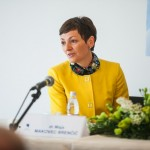 dr. Maja Makovec Brenčič, ministrica za izobraževanje, znanost in šport